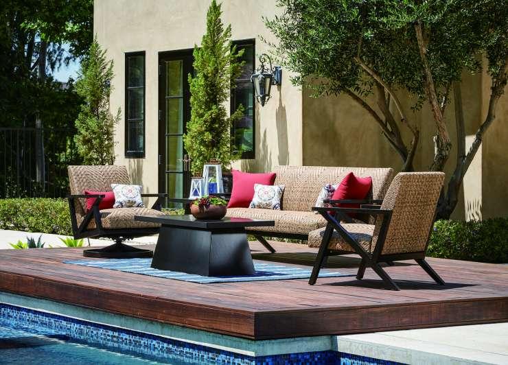 Patio renaissance outdoor furniture ellenburgs for Antigua wicker chaise