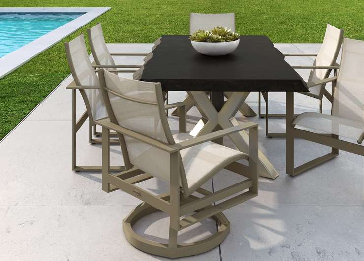 Castelle Park Place Dining Collection