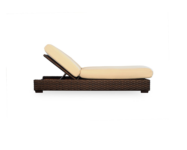 lloyd-flanders-contempo-adjustable-chaise