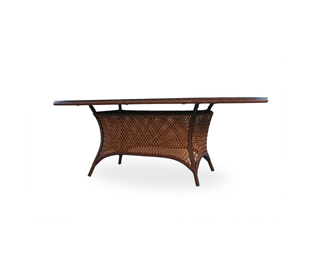 lloyd-flanders-grandtraverse-oval-dining-table
