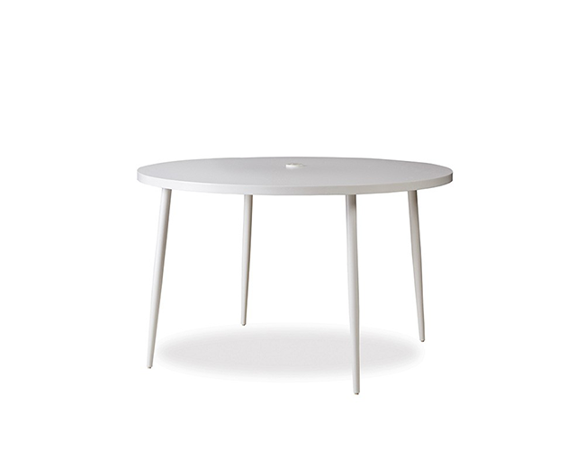 lloyd-flanders-south-beach-48-dining-table