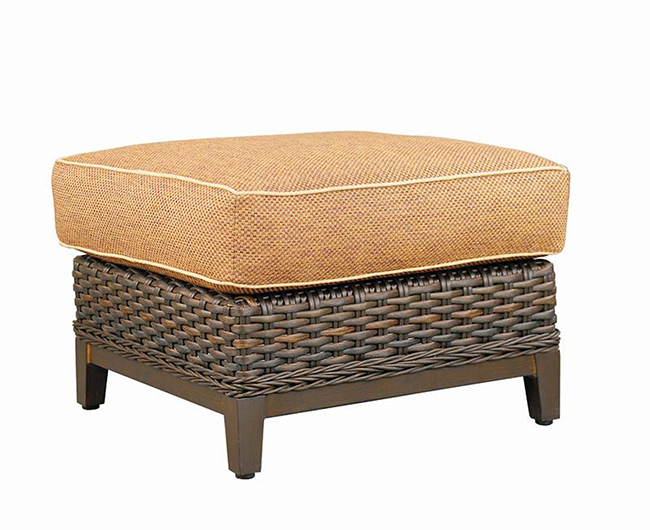 patio-renaissance-catalina-ottoman