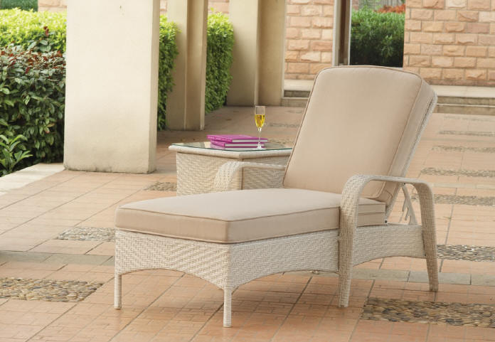 south-sea-rattan-bahia-chaise-lounge